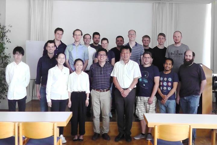 Guest speaker Yoshiyuki Noda (c)