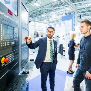 Testautomatisierung mittels einer virtueller Steuerungstestbench Alex Muchnik, EVENTFOTOGRAF.in, Essen
